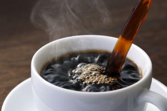 caffe NOBUHIRO ASADA Shutterstock